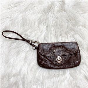 Coach Wristlet Brown Leather Pebbled